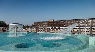 piscina lino delle fate hotel pet friendly